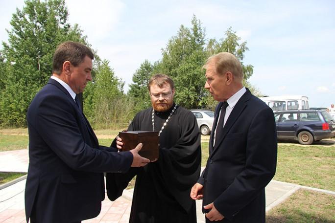 Капсулу с землёй из братской могилы в Княжеводцах установят в крипте храма-памятника в честь Всех Святых в Минске