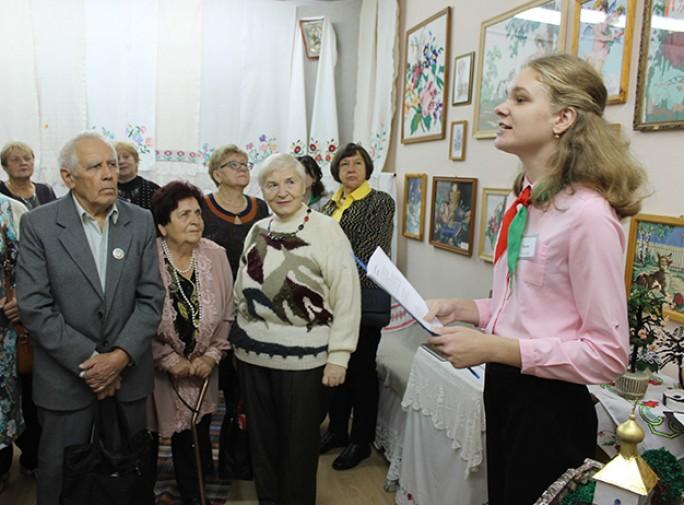 Участники клуба ветеранов педагогического труда «Оптимист» Мостовского района посетили музей Матери